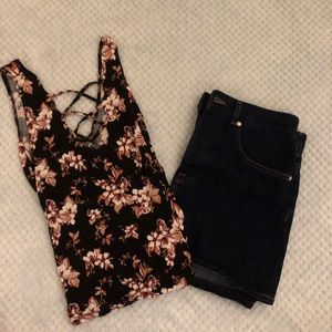 American Eagle Soft & Sexy Floral V Neck Tank Top